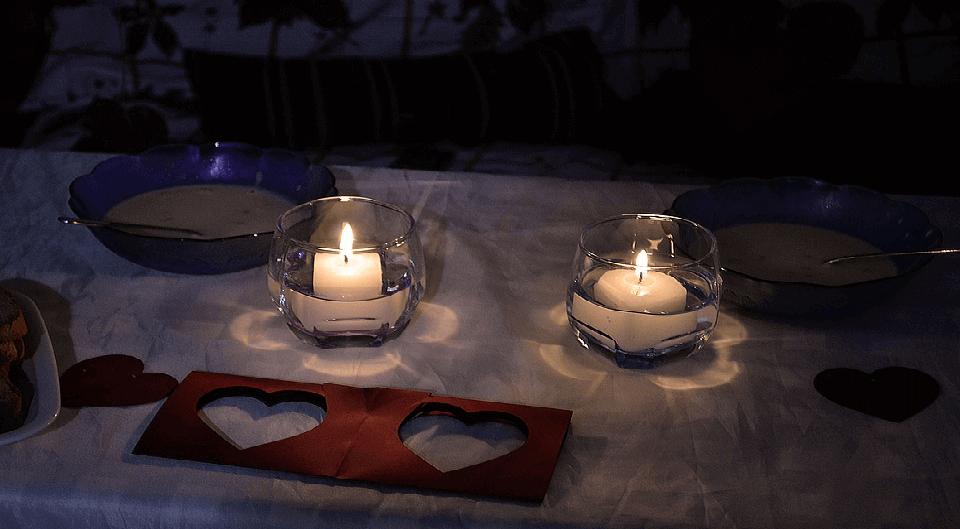 Romantic Dinner Table Decorations